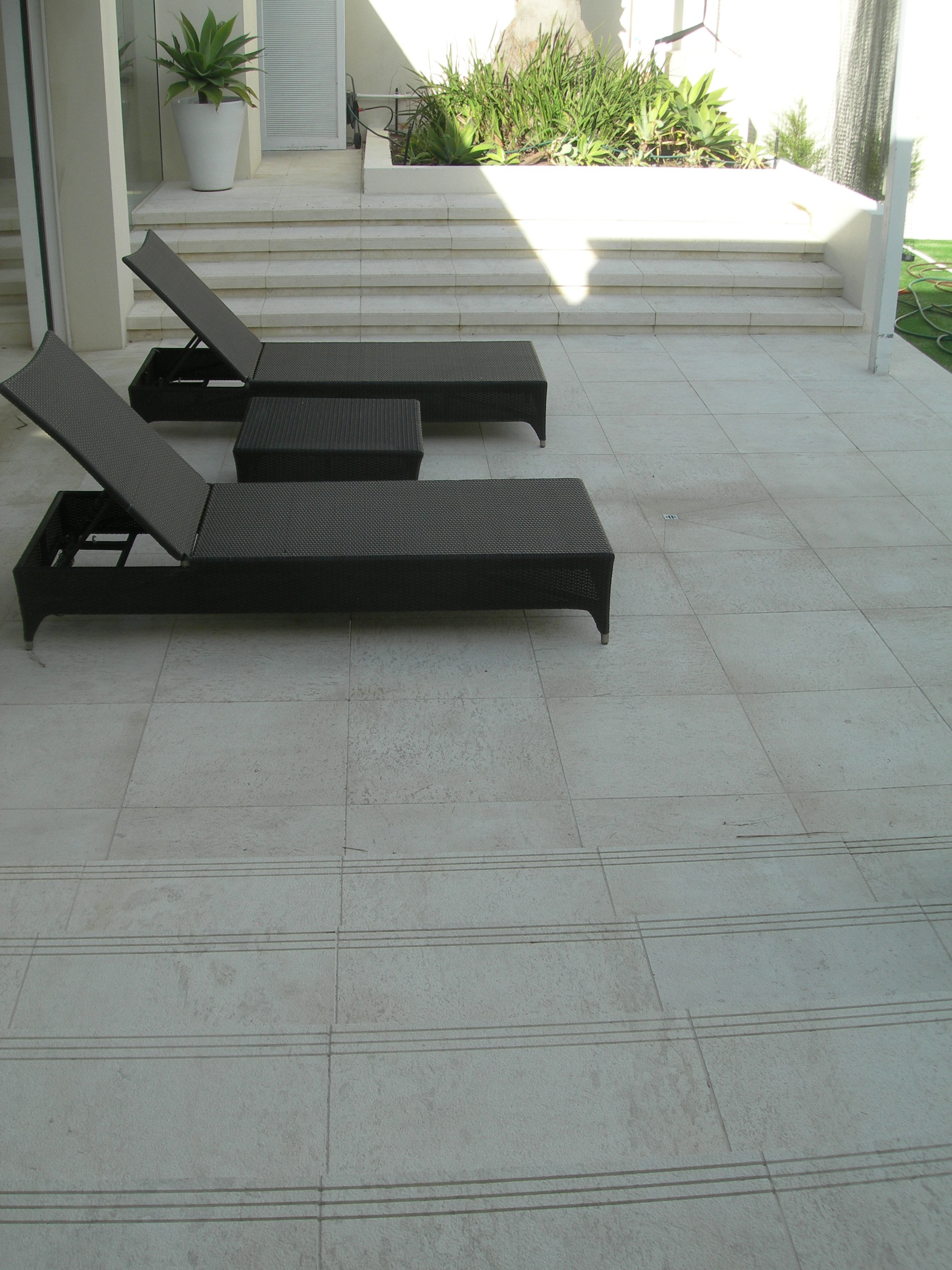 Outdoor and Alfrecso Tiling